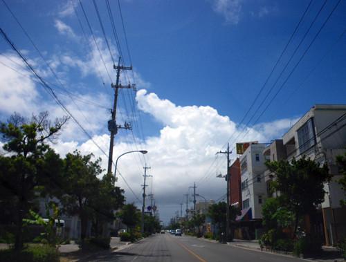 石垣の積乱雲