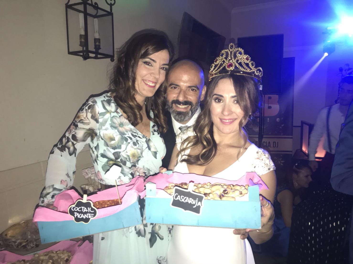 Vanesa y Fabio. Recien casados, disfrutando los productos de Solano en Córdoba