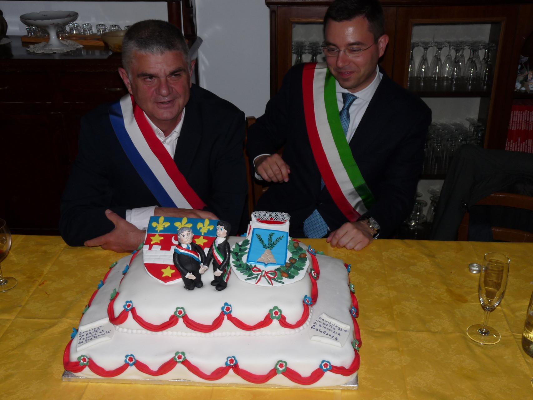 Le repas officiel du jumelage avec les maires de Villemur et Fara Sabina