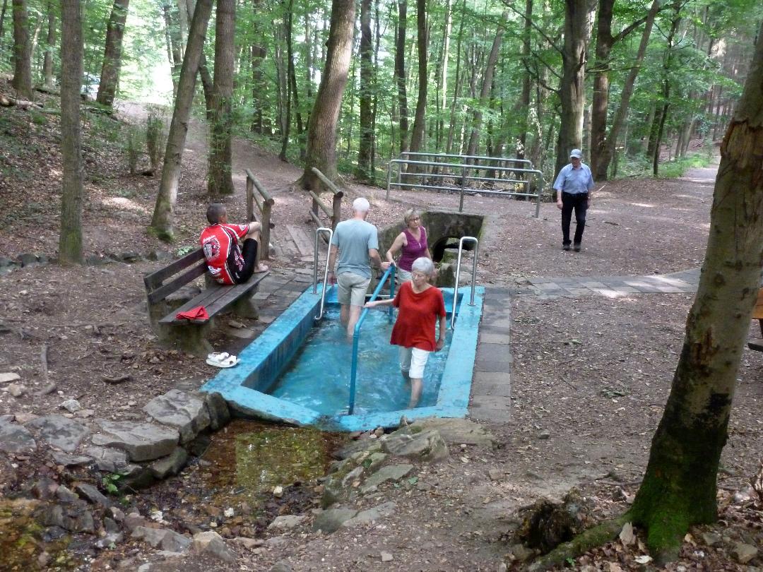 Kneipp-Wassertretanlage oberhalb des Chausseehauses