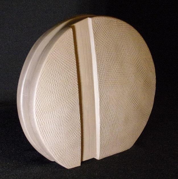 Réf : SC201903 - Faïence noire - Diamètre 22 cm
