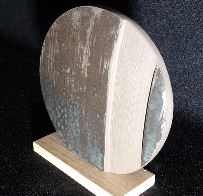 Réf : SC201902 - Faïence noire émaillée - Diamètre 16 cm