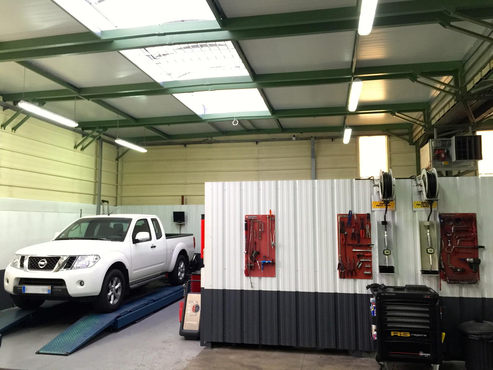Notre atelier m canique et carrosserie garage platz for Garage mecanique lyon 8