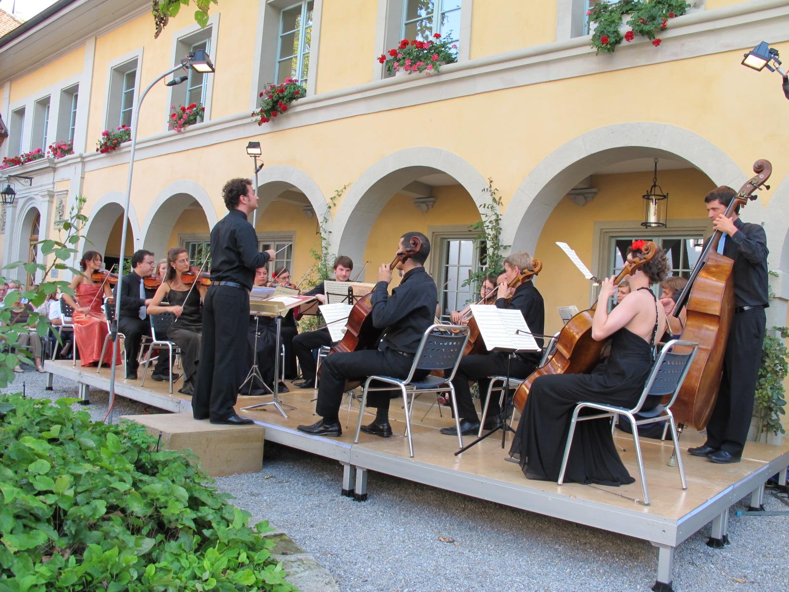 Serenade im Schlosshof