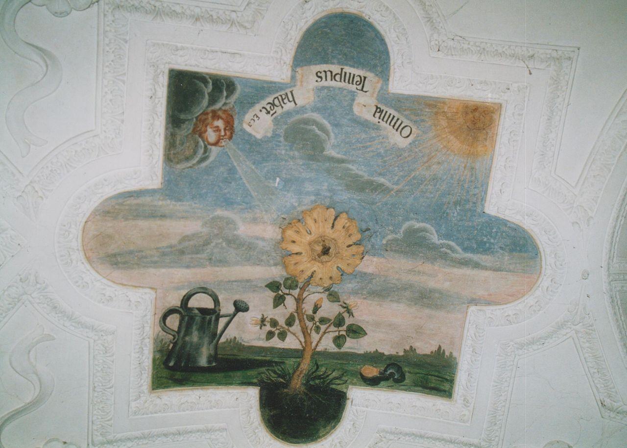 """24) Ein prächtiger Rosenstock mit Gießkanne und Sichel. Von Oben bläst starker Wind auf der einen Seite, auf der anderen scheint die Sonne: """"OMNIA TEMPUS HABET"""" (Alles hat seine Stunde)."""