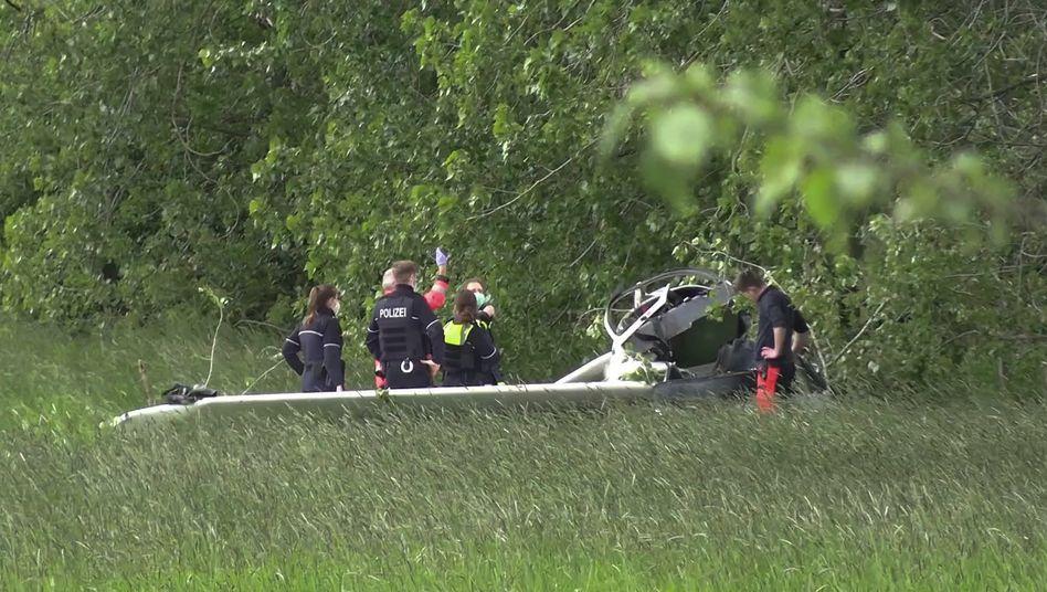 32-Jähriger stirbt bei Absturz eines Leichtflugzeugs in Nordrhein-Westfalen