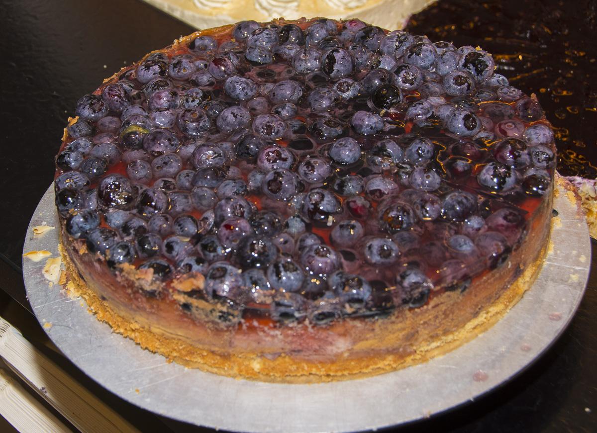 Blaubeer Käse Torte aus unserer Konditorei & Bio Bäckerei Seekrug