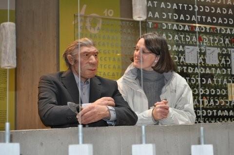 im Gespräch mit einem Neanderthaler