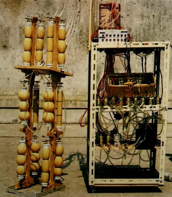 1969年ゴム人工筋を利用した空気圧式二足ロボットのWAP-1は全長890mm重量220g