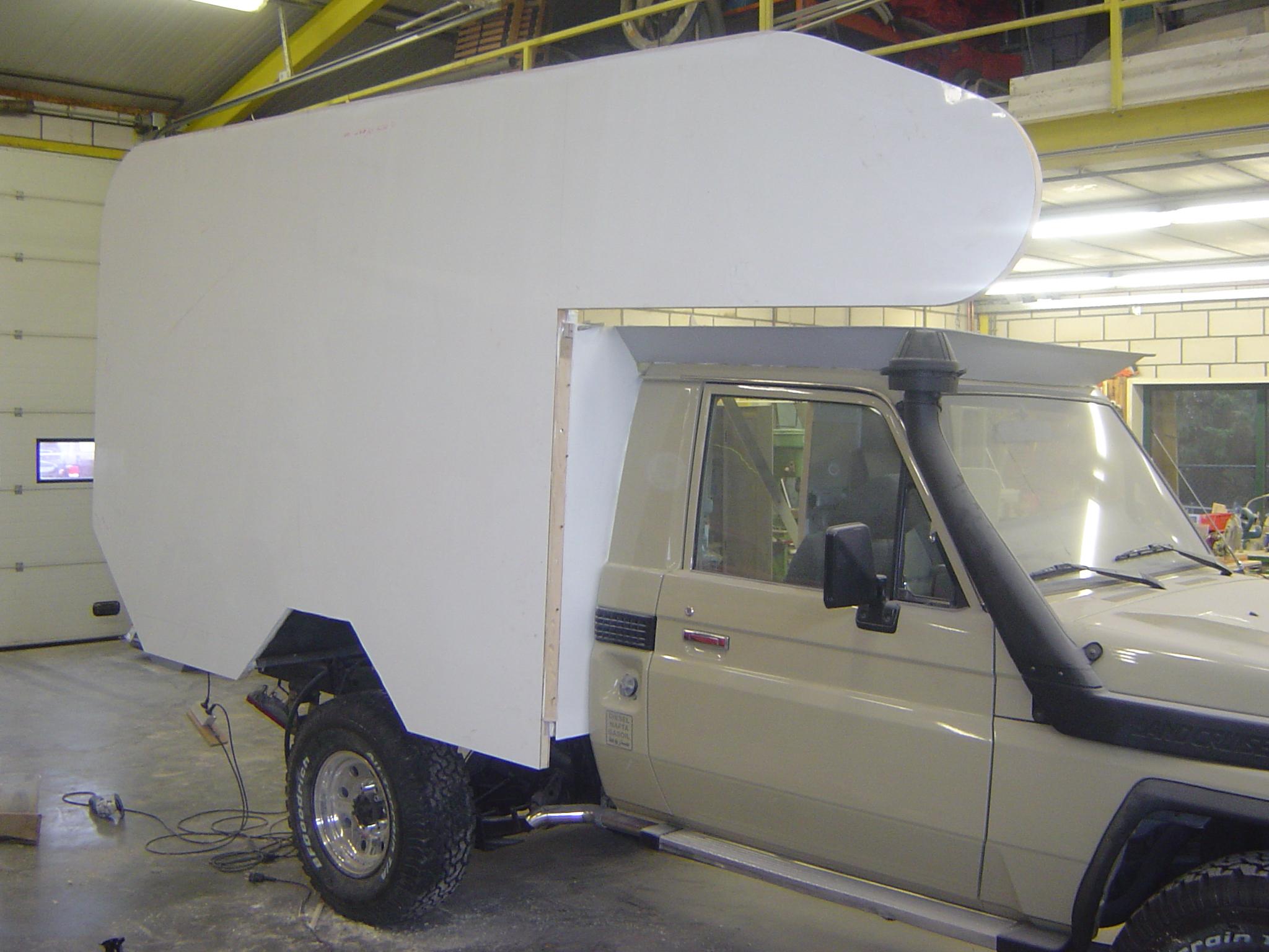 Bouw van 4x4 woestijnwagen