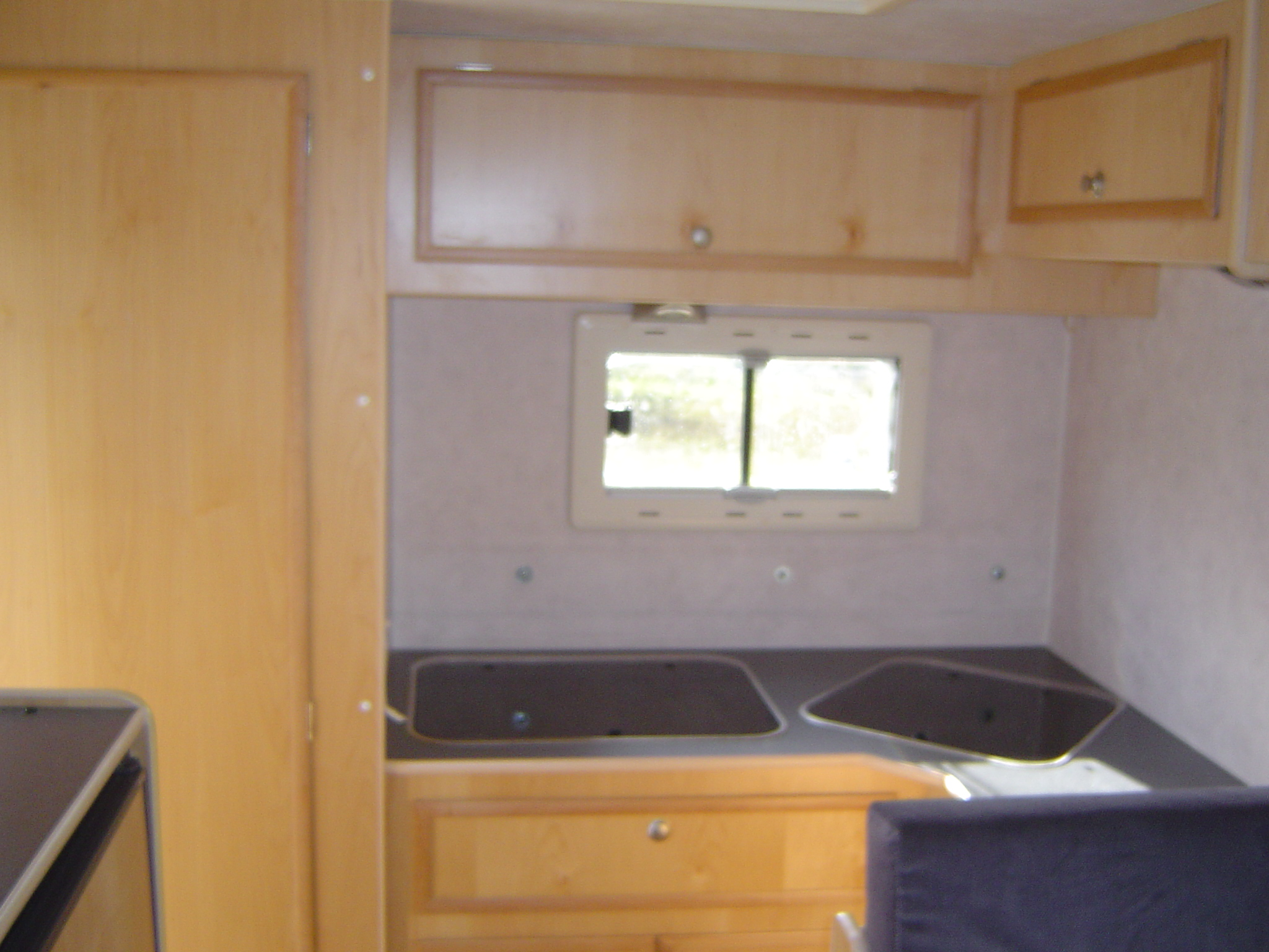 Interieur van 4x4 woestijnwagen