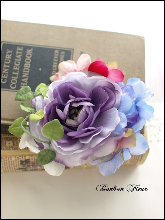 35 ネオラナンキュラスと紫陽花のコサージュ