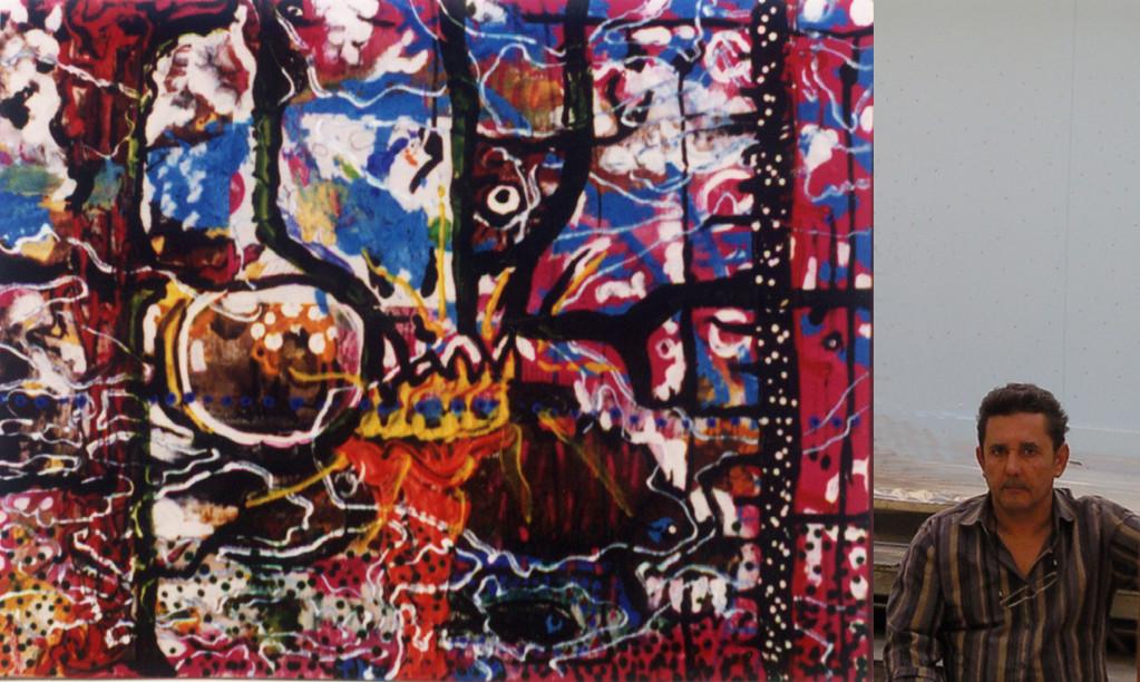 El rapto del elefante 2000 (foto del pintor y su obra)