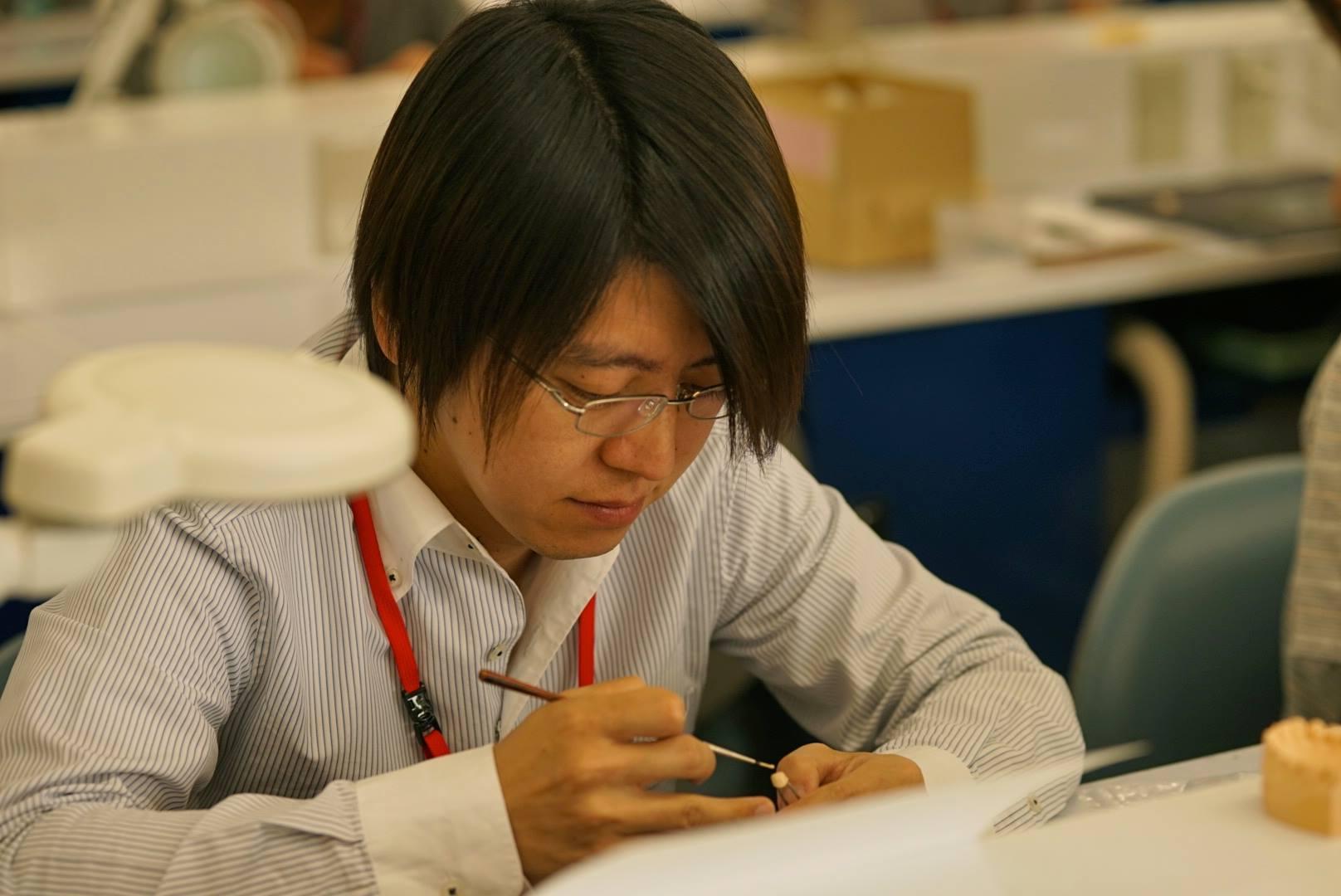 橋中 知之  (Tomoyuki Hashinaka)