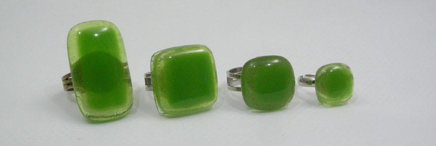 Bagues vertes forme rectangle, carrée, petite ou pour enfant