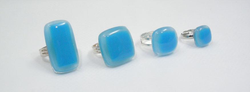 Bagues bleues forme rectangle, carrée, petite ou pour enfant