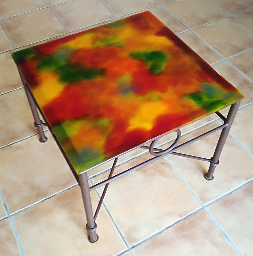 table basse carrée camaïeu rouge