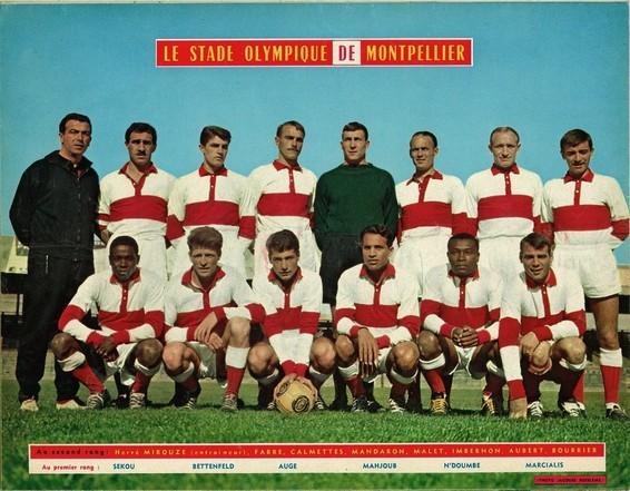 Avec Montpellier en 60-61 accroupis à l'extrème gauche .