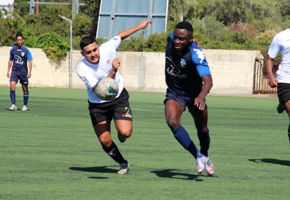 S Akanni (Balagne)-Sud FC . Photo : X Romieu