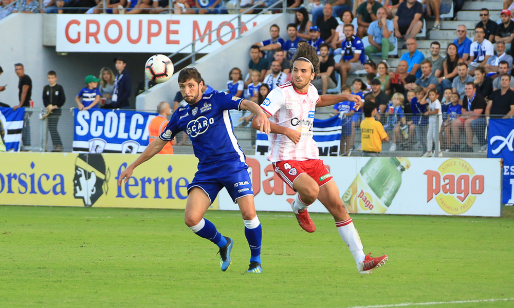 Photos Alex Negroni et René Casamatta (scb off)