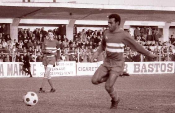 Marc Kanyan avec Jean-Pierre Dogliani en arrière plan .