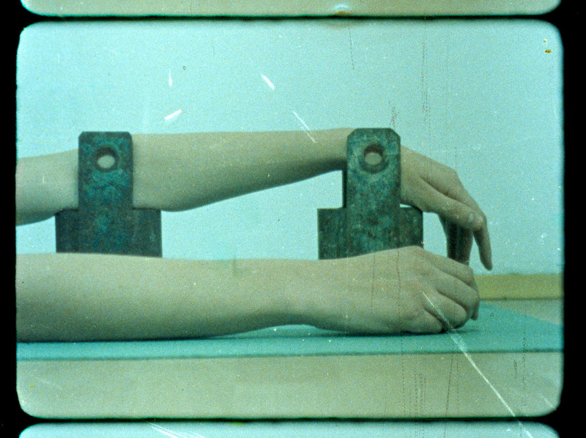 """Filmstill """"ALBERN II"""", © Nina Kreuzinger, 2012."""