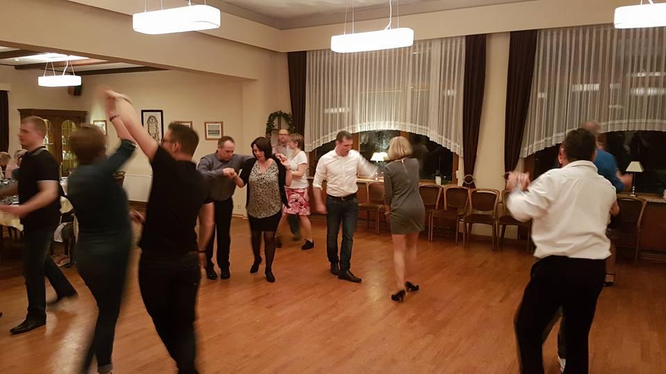 Tanzen macht Spaß in Güby bei Schleswig