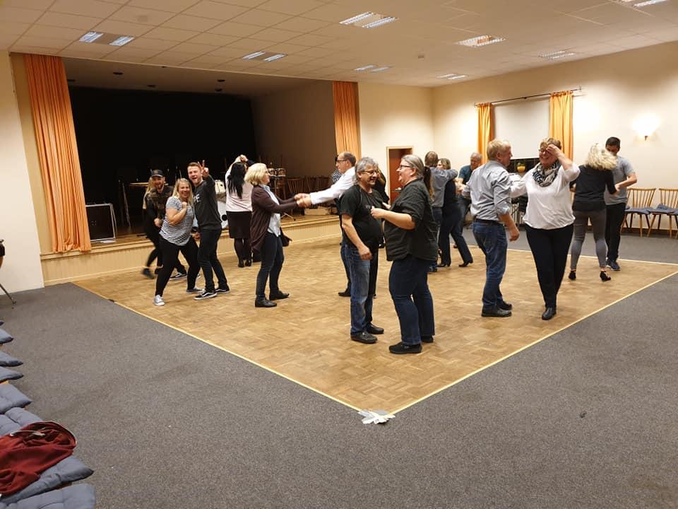 Unsere Tanzkurse in der Vereinsstätte Schuby bei Schleswig