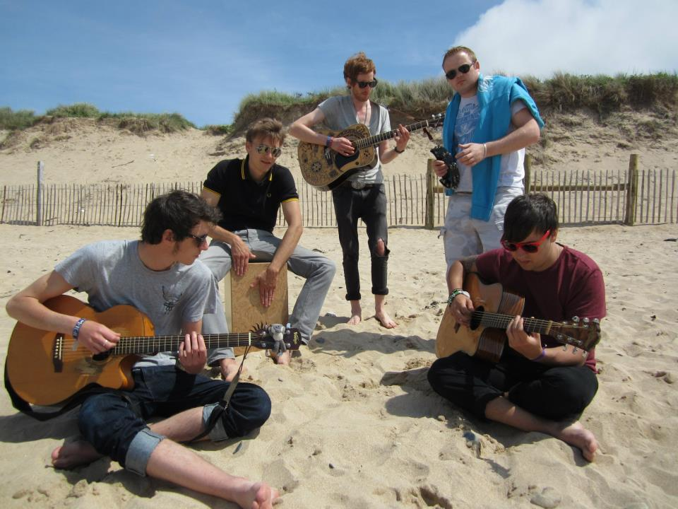 Jipsy Magic photoshoot @ Fistral Beach, Newquay - 30/05/11. Credit: Richard Ward.