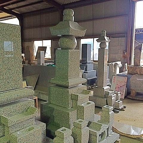 工場内展示墓