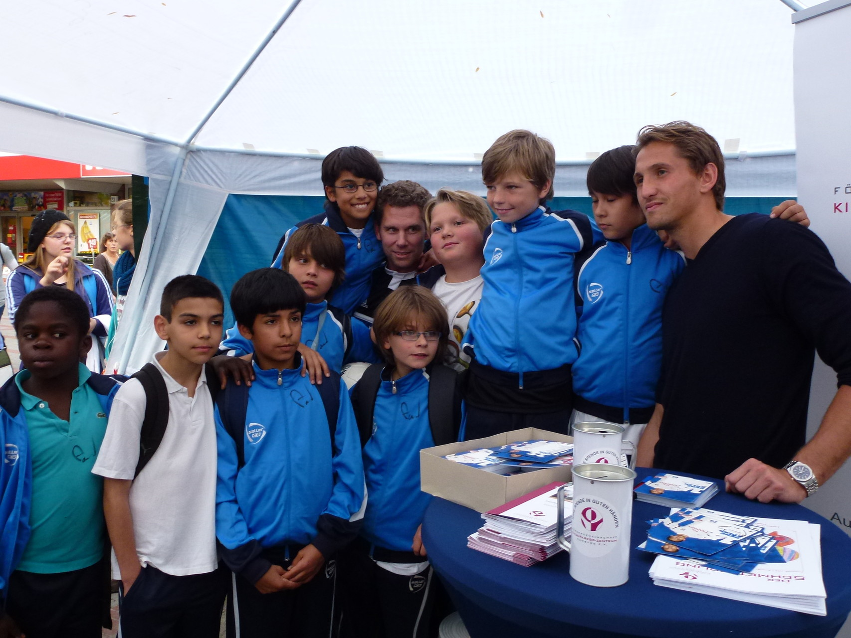 2011/2012 – 3. E-Junioren (Autogrammstunde mit Rene Adler)