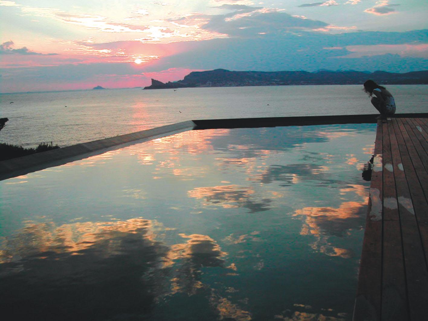 Maison piscine port d 39 alon st cyr sur mer moa julien - Agence du vieux port saint cyr sur mer ...