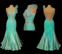 Dore desigensのスムースドレス