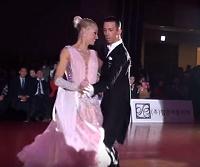社交ダンス 動画 衣装 ドレス