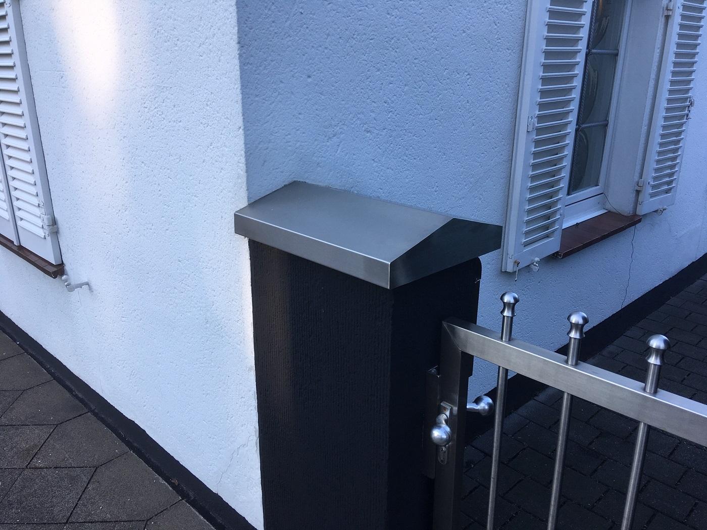 Mauerabdeckung in Edelstahl