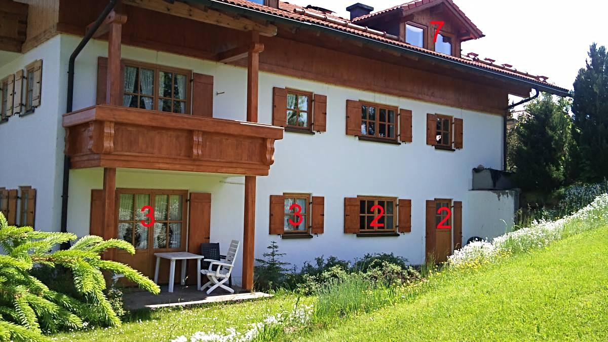 wertach-Ferienwohnungen.de Gästehaus Nattererhof von der Gartenseite