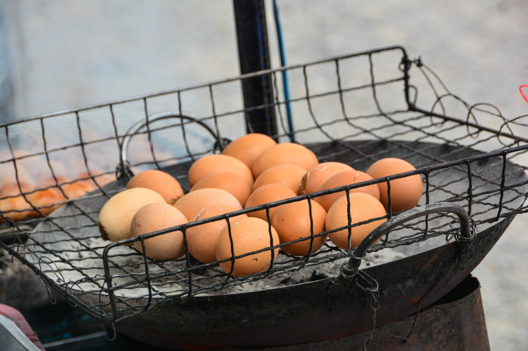 ...genauso die Eier - Eier muss man haben.....Eier
