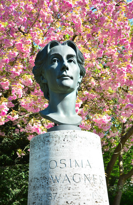 Seine Frau Cosima Wagner/Richard Wagner ´s wife Cosima