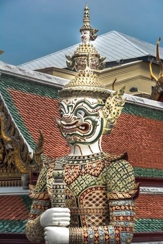 Bangkok, Wat Phra Kheo, Tempelwächter
