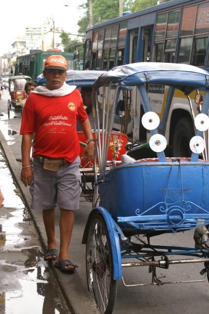 Traditionelle Rikschafahrer findest du in Thailand praktisch keine mehr - scheint eine Ausnahme zu sein.