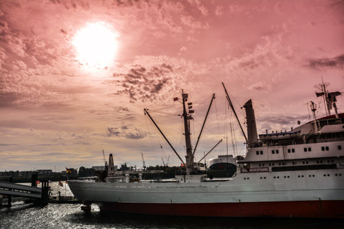Abendstimmung am Hafen (Cap San Diego)