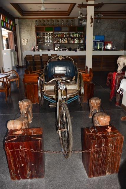 Alte Fahrradrikscha in einem Restaurant