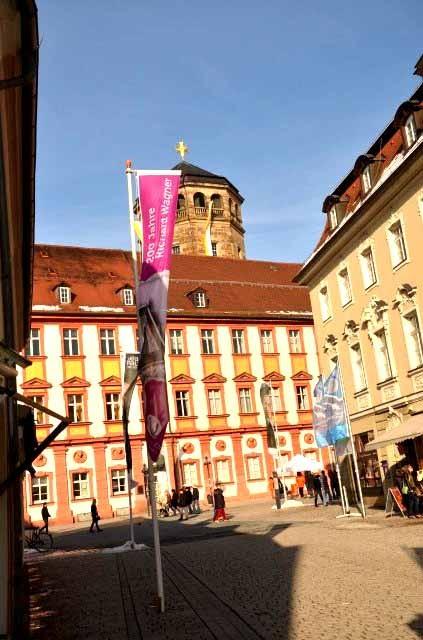 Blick auf die Maxstraße mit Schlosskirche