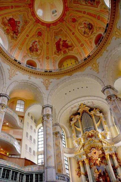 In der Frauenkirche (Dresden)