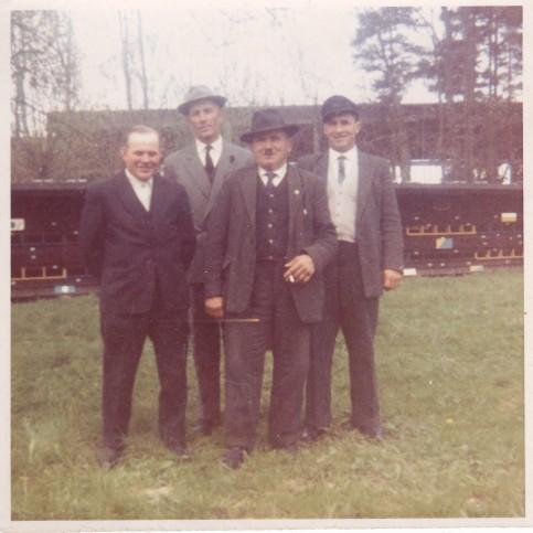 von links: Friedrich Wolfinger aus Zoltingen, Georg Strauß aus Zoltingen,  Karl Oßwald aus Zoltingen und Karl Oßwald aus Leiheim  / Foto: Rosa Reiser