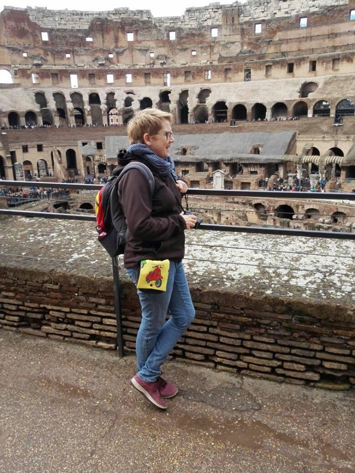 MIt der Roller-Wechselklappe an der Gürteltasche unterwegs in Rom!