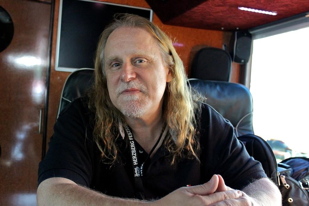 Warren im Interview mit bluesfeeling.com (© Nilles)