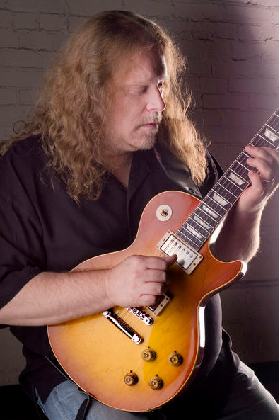Warren Gitarrenvirtuose (Foto:HP)
