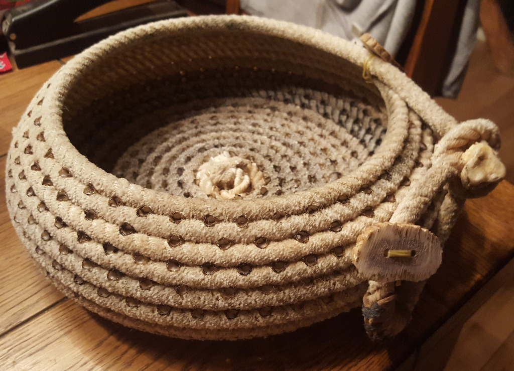 Rope Basket - Wayne Hanks