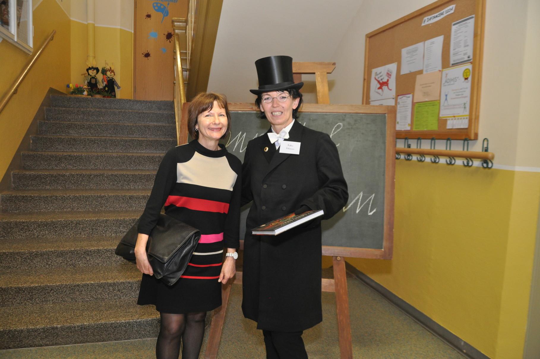 Schulreferentin Frau Steinert